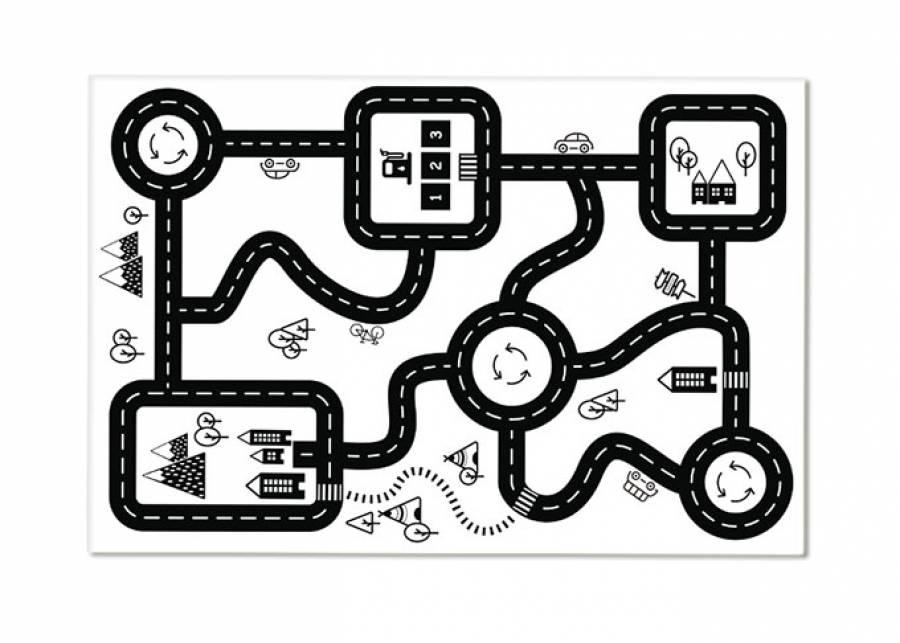 """<h2 style=""""text-align: justify;"""">&iexcl;Alfombra y pista de carreras!</h2> <p style=""""text-align: justify;"""">Con la alfombra ROADMAP los m&aacute;s peque&ntilde;os disfrutar&aacute;n de una <strong>superficie de juego</strong> perfecta. Por un lado, su <strong>superficie plana</strong> es ideal para hacer construcciones, correr carreras de coches, puzles etc. Y por otro, su <strong>capacidad aislante</strong>, les proporciona una capa agradable donde sentarse o tumbarse. Y puedes <strong>limpiarla</strong> con un pa&ntilde;o h&uacute;medo. &iexcl;Todo son ventajas!</p>"""