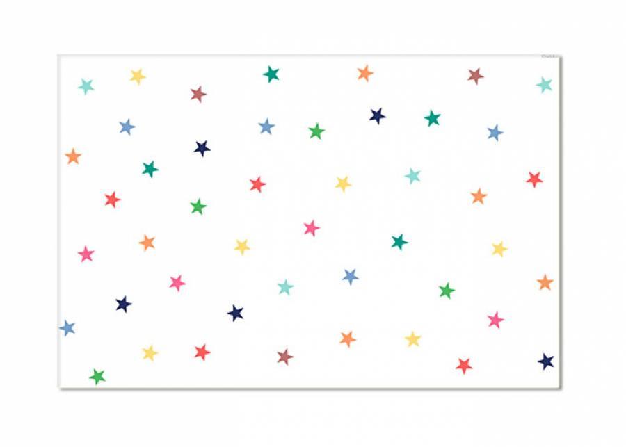 <h2>&iexcl;Caminando sobre estrellas!</h2> <p>Con esta fant&aacute;stica <strong>alfombra vin&iacute;lica</strong>, de la serie STARS MULTICOLOR, dar&aacute;s un toque de <strong>color</strong> al dormitorio de tus hijos a la vez que les proporcionas una <strong>superficie c&aacute;lida</strong> donde jugar. El vinilo con el que se fabrican estas alfombras les otorga propiedades <strong>antial&eacute;rgicas, impermeables y de aislamiento t&eacute;rmico</strong>, por lo que los mas peques pueden divertirse sin preocuparte de las manchas o los g&eacute;rmenes.&nbsp;</p>