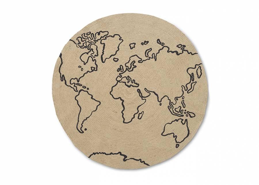 ¡El mundo a tus pies! La clásica alfombra mapamundi, pero con un toque que la hace única, tejida en yute natural. Una opción d
