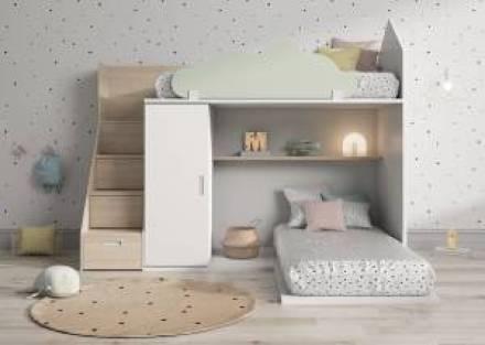 Litera en forma de casita con escalera